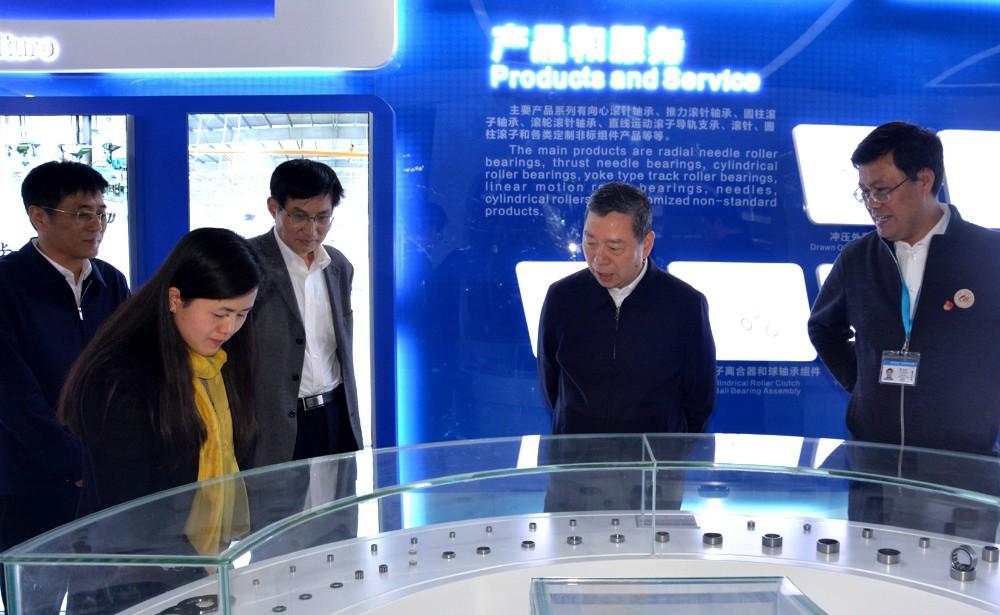 苏州市政协主席周伟强调研美高梅4688官方网站企业